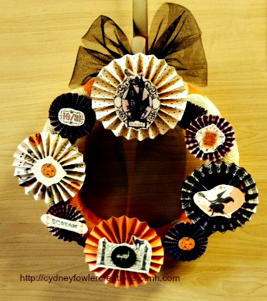 Halloween Wreath Using Scaredy Cat Paper Pack